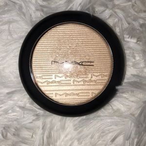 Gently used MAC Highlighter in Double-Gleam